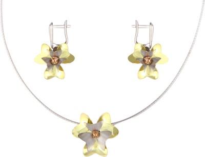 Gurudev Diamonds Silver Jewel Set(Gold) at flipkart
