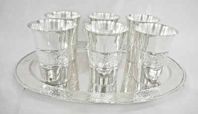 Eventz Gifts Glass Set Embossed Silver Plated Tray Set