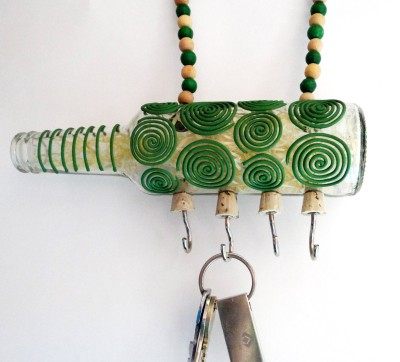 Kavi The Poetry Art Project Green Spiral Hanger Glass, Iron, Wooden Key Holder