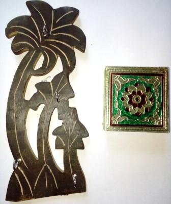 Royals Pride Wooden Key Holder