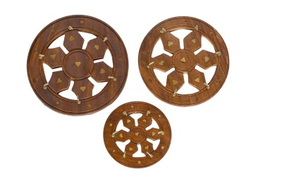 Hallmarc Hand carved round Wooden Key Holder
