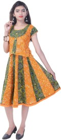 Soundarya Girls Top and Skirt Set(Multicolor Pack of 1)