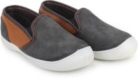 Knotty Derby Boys & Girls Slip on Loafers(Black)