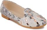 N Five Girls Slip on Dancing Shoes (Whit...