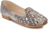 N Five Girls Slip on Dancing Shoes (Blac...