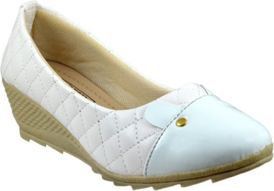 Leatherwood1 Girls White Clogs(Pack of 1)