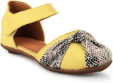 Apick Girls Velcro Moccasins (Multicolor...