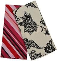CPM HANDLOOM Pink, White Cotton Kitchen Linen Set