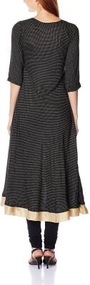 Sun Fashion Applique Women's Straight Kurta(Black) at flipkart