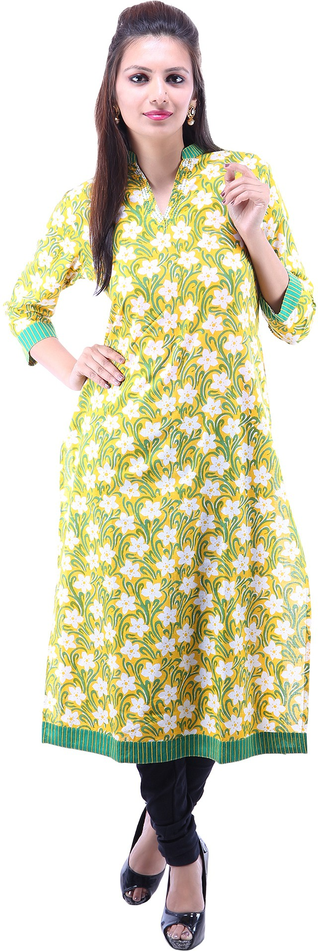 Suruchi Floral Print Womens Straight Kurta(Yellow, Green)