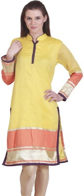 Famous by Payal Kapoor Solid Women's Straight Kurta