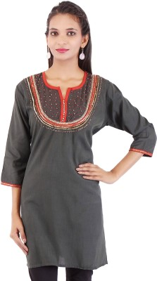 Ethnic Oyester Solid Women's Straight Kurta