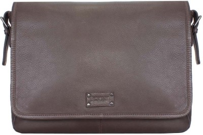 Brune 15 inch Laptop Messenger Bag