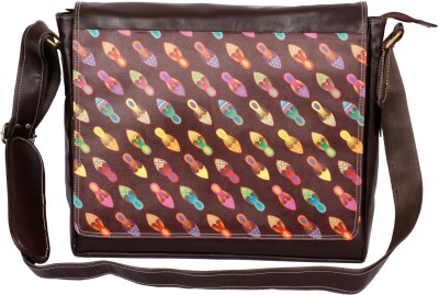Mad(e) in India 14 inch Expandable Laptop Messenger Bag