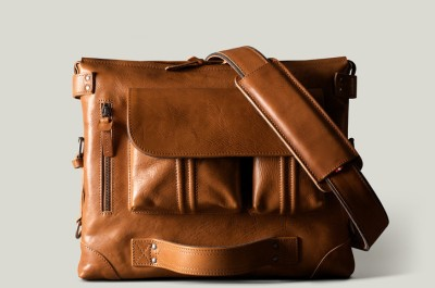 Cobbleroad 15 inch Laptop Messenger Bag
