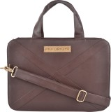 PNA 13 inch Laptop Messenger Bag (Brown)