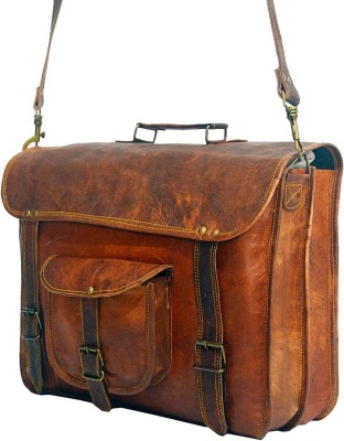 Craft World 16 inch Laptop Messenger Bag