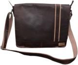 Le Craf 14 inch Laptop Messenger Bag (Br...