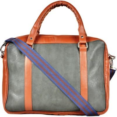 Yelloe 15 inch Laptop Messenger Bag