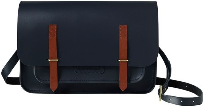 The Cobbleroad 15 inch Laptop Messenger Bag