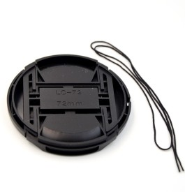 Saihan 72 mm Center Pinch Cover with String Lens Cap