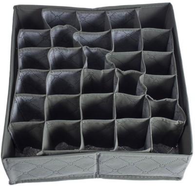 Saleh Lingerie Storage Case