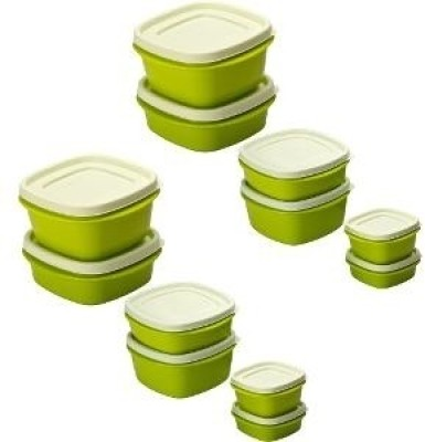 Cutting Edge Snap Tight BPA Free Family 12 Containers Lunch Box