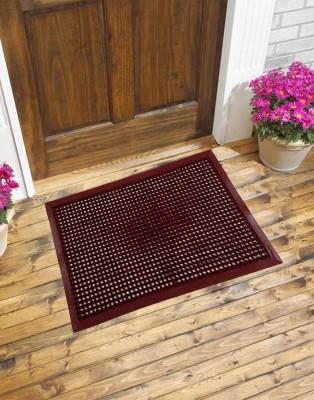 Carpet House Vishali PVC Medium Door Mat Plain Charm