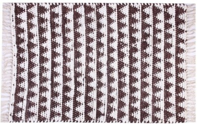 Homenblingss Cotton Small Door Mat Triangles Chocolate Rug
