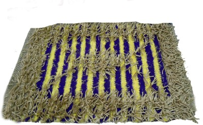 Mrignayaneei Cotton, Acrylic, Silk Medium Door Mat Threaded Cotton Mat