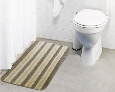 Lushomes Microfiber Bath Mat Microfiber Bathmat(Beige, Grey, Medium) at flipkart