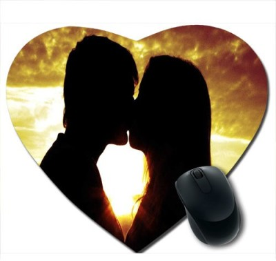 awwsme Sexy Couple Sitting Heart Mousepad