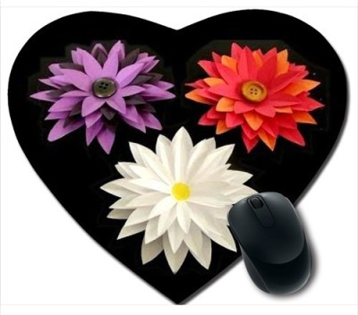 Awwsme Three Flowers Heart Mousepad