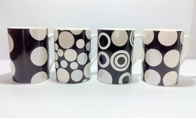 Dayinternational Polka Dotted Ceramic Mug