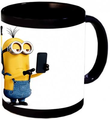 Aurra Minnions Selfie Ceramic Mug
