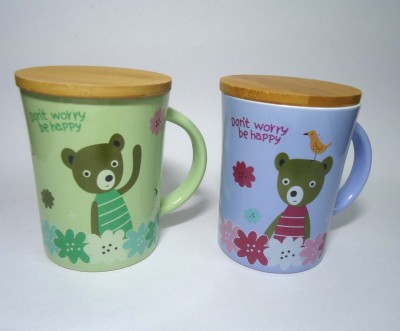 Gutargoo Don,T Worry Be Happy With Wooden Lid-Pack Of 2 Ceramic Mug