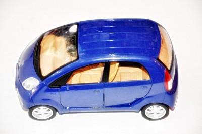 Ruppiee Shoppiee Nano Car Blue