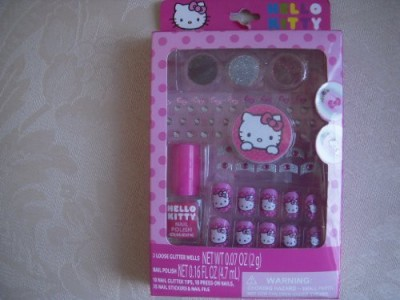 Sanrio Hello Kitty Press On Nail Kit 15 ml
