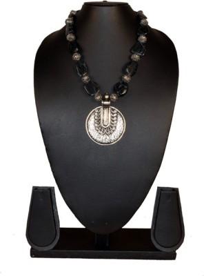 Needle Kraft Onyx Stone Necklace