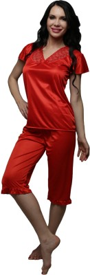 Clovia Satin Nightsuit In Red Women's Solid Red Top & Capri Set
