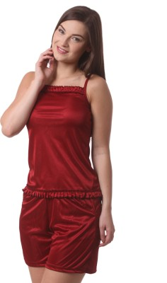 Being Fab Comfortable Women,s Solid Maroon Top & Shorts Set