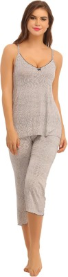Clovia Women's Printed White Top & Capri Set at flipkart