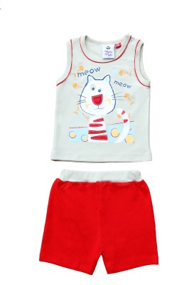 Munna Munni Kids Apparel Baby Boy's Self Design Red, Grey Top & Shorts Set