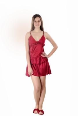 Se Deplace Women's Solid Maroon Top & Skirt Set