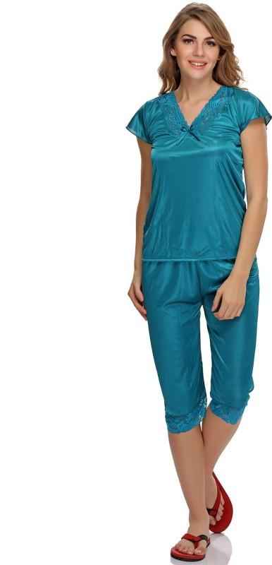 Clovia Women's Solid Green Top & Capri Set