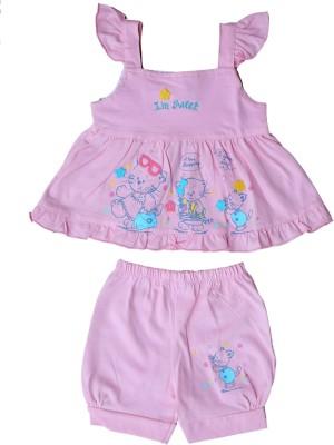 Munna Munni Kids Apparel Baby Girl's Self Design Purple Top & Shorts Set