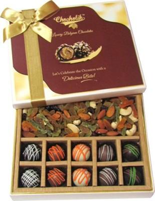 Chocholik Fantastic Chocolate,Dryfruit Almonds(370 g, Box)