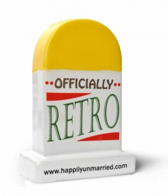 Happily Unmarried 40 Years Milestone Ceramic Paper Weights(Set Of 1, Yellow)