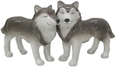 Westland Giftware Mwah Magnetic Wolves Salt And Pepper Shaker Set