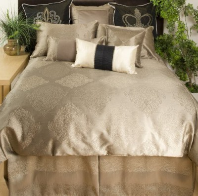 CHARISTER HOME FASHION INC. Filled Size Pillow Protector